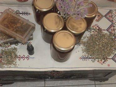 πωλειται κρητικο μελι παραγωγης μας
